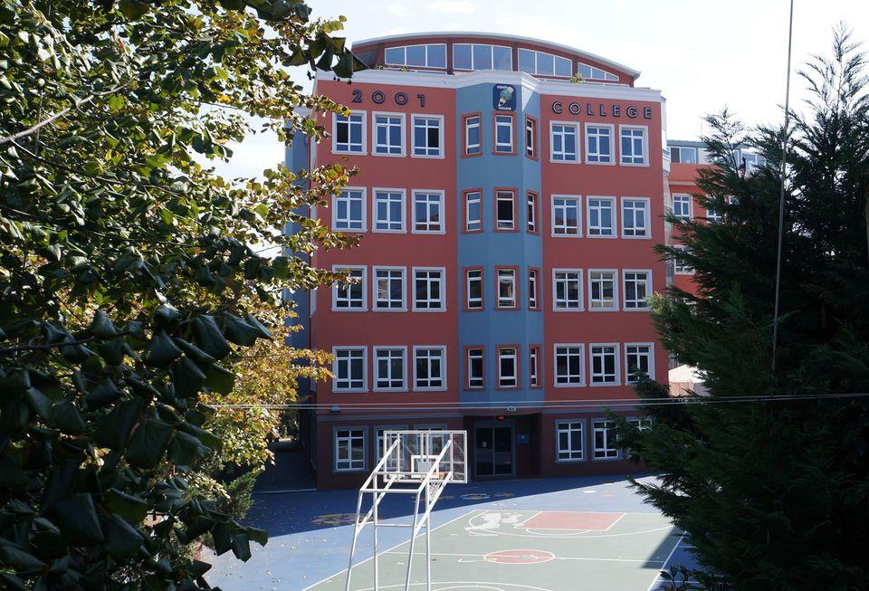 Özel Yeşilköy 2001 Koleji İlkokul ve Ortaokulu